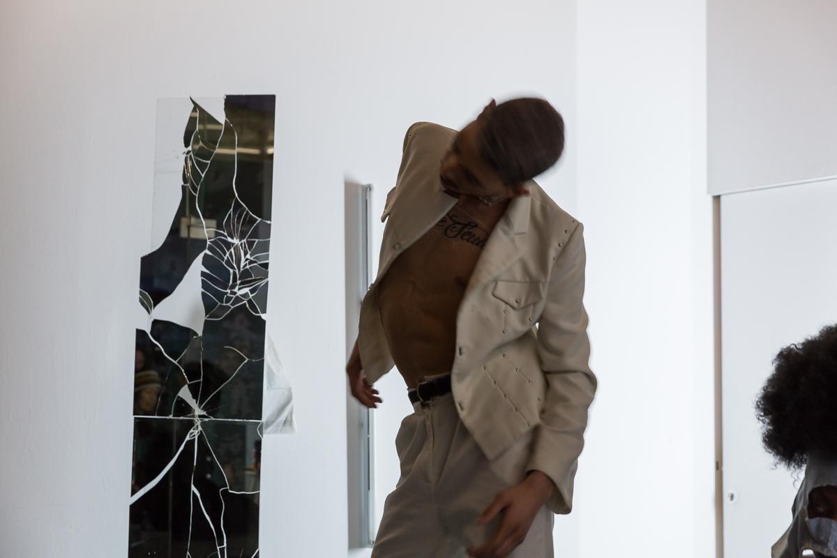 I_Need_a_Gangsta_to_Love_Me_Better_Nagi_Gianni_RaphaëlleMueller-12