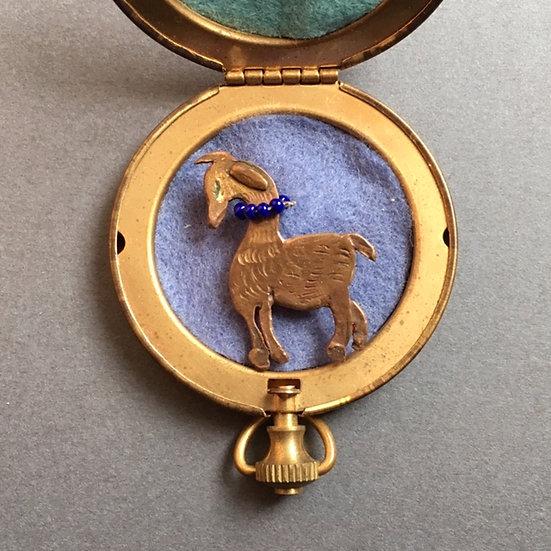 草食動物ブローチ 時計型ケース
