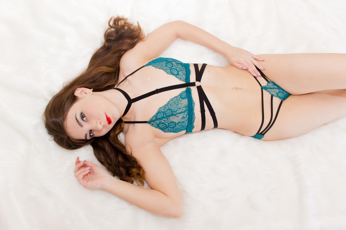 Кружевное белье иркутск секс в нижнем сексуальном белье