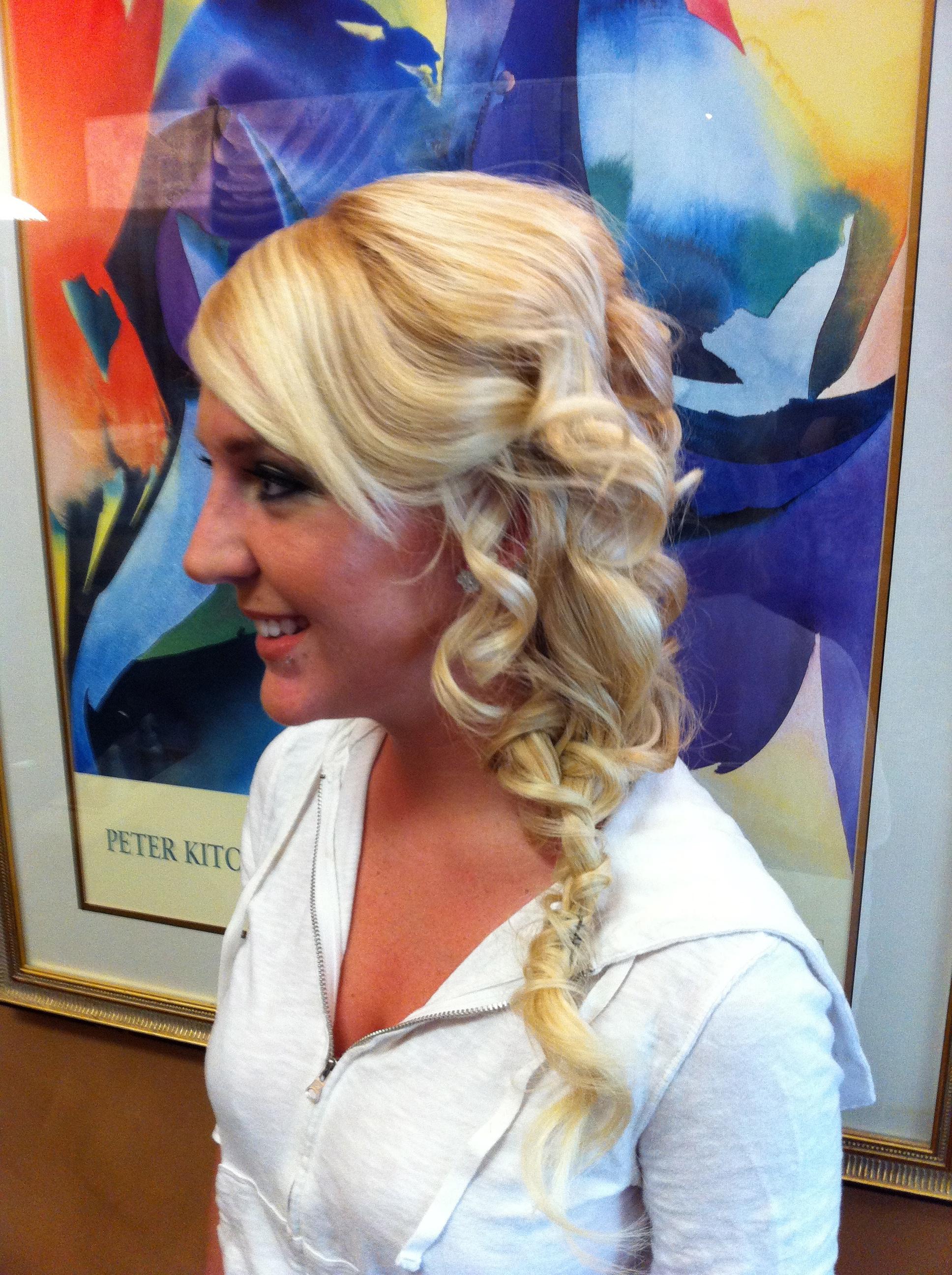 Sarah hair