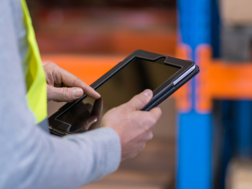 Use Mobile Tech to Mitigate Your Contracting Risks