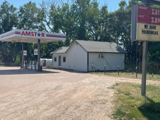 Stateline Gas Station  south of Superior, NE