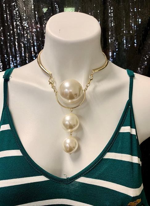 3 Pearl Drop Necklace
