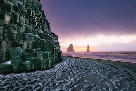 Black sand beach of Reynisfjar.jpg
