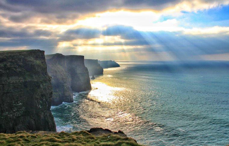 cliffs3.jpg