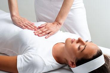 Wisdomfire Alternative Holistic Reiki Therapy Healing Treatment female client reduce stress