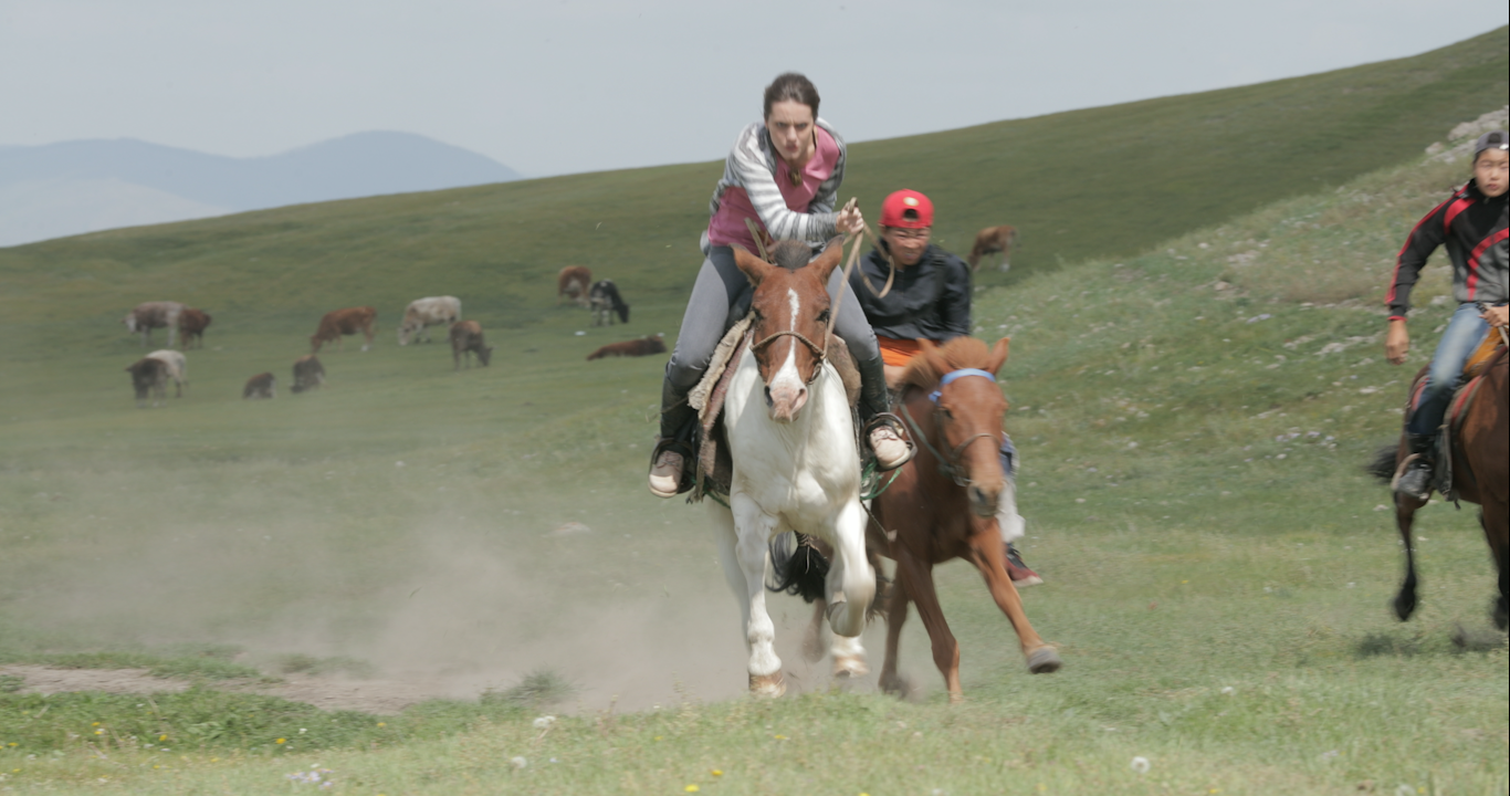 180824_MG-HORSE-RACE_1DX-NEUTRAL_003