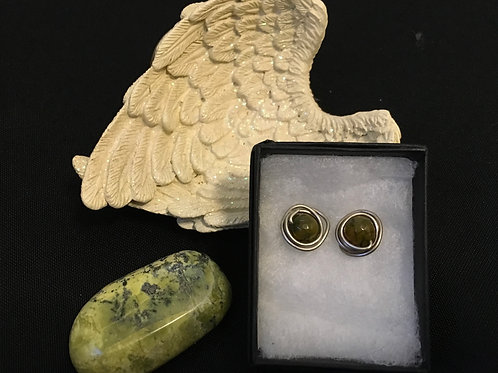 Crackled Green Agate Button Earrings