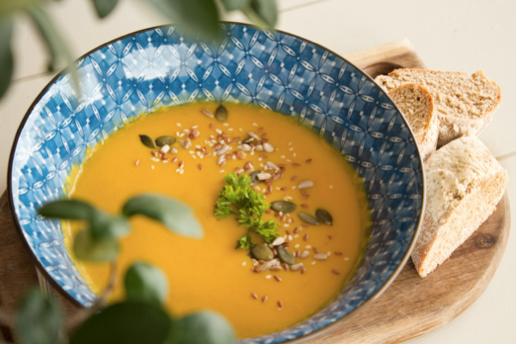 Slow cooker vegan Thai pumpkin soup