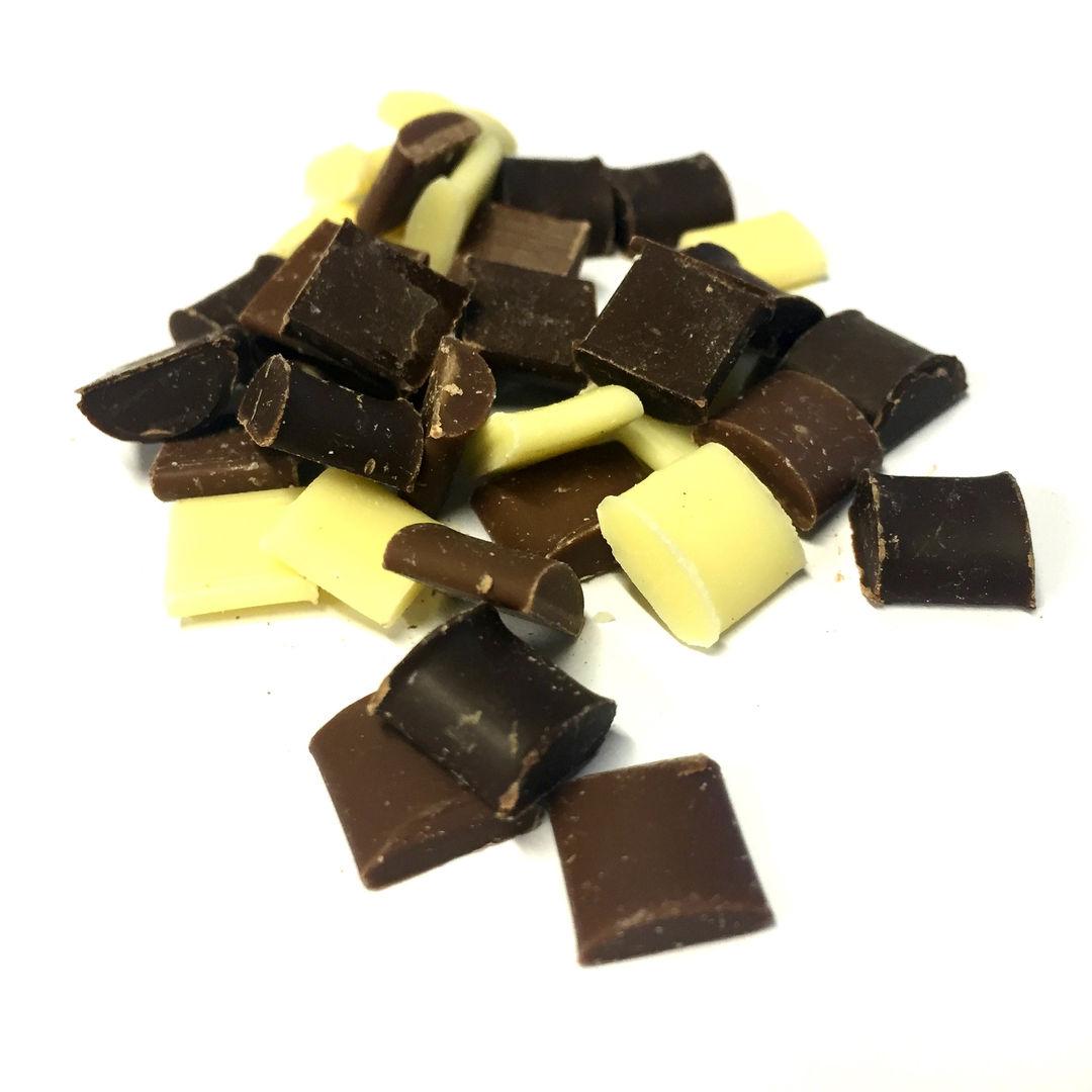 Chunks Mixed 10x10x4mm Dark-Milk-White.J