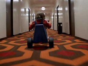 映画でレメディ|パニック的恐怖と得体の知れない恐怖に