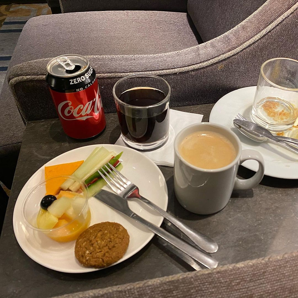 Airport Lounge Review: Plaza Premium Lounge