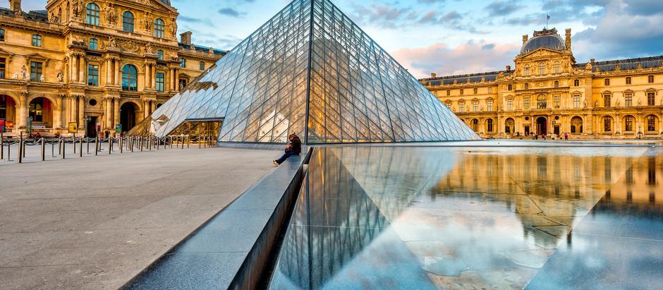 Paris's Louvre Museum Goes Virtual