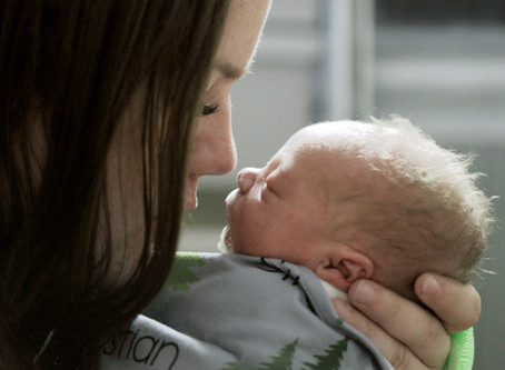 Our Top Tips for Pumping Moms