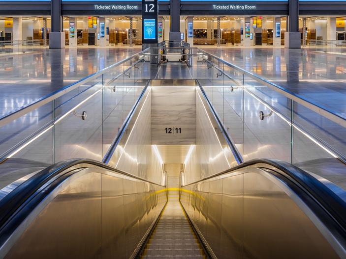 Escalator to Platform.tif