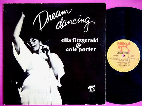 ELLA FITZGERALD / DREAM DANCING