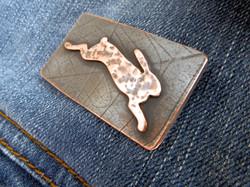 Run rabbit brooch