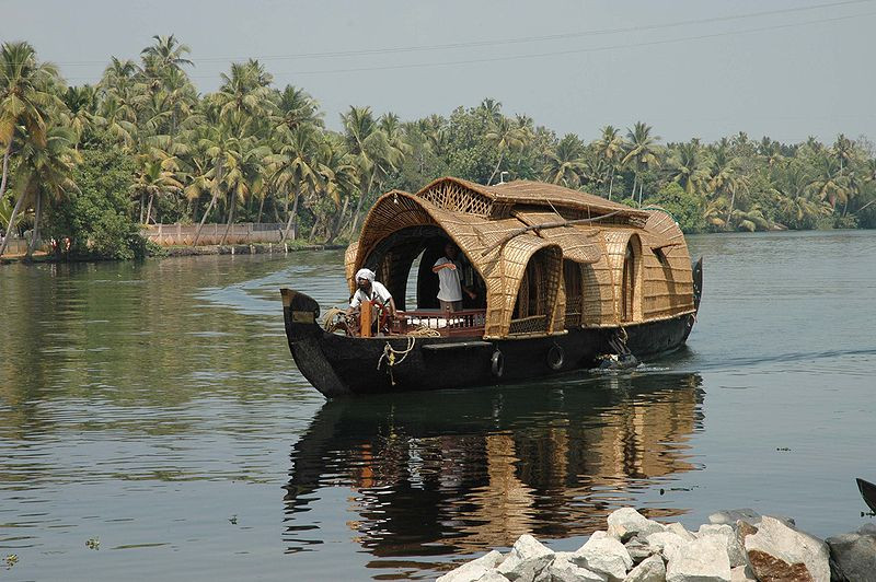 Houseboat Experience at Alappuzha