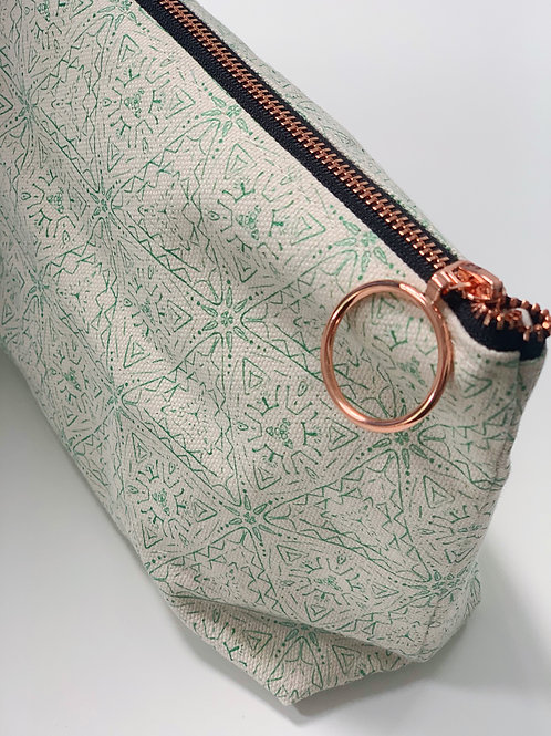 Quest in Emerald Makeup Bag