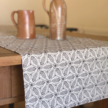 Maple Jude Table Linens