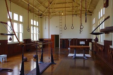 old-gym-in-hot-springs-3572774_1920.jpg