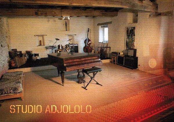 Adjololo-1 001.jpg