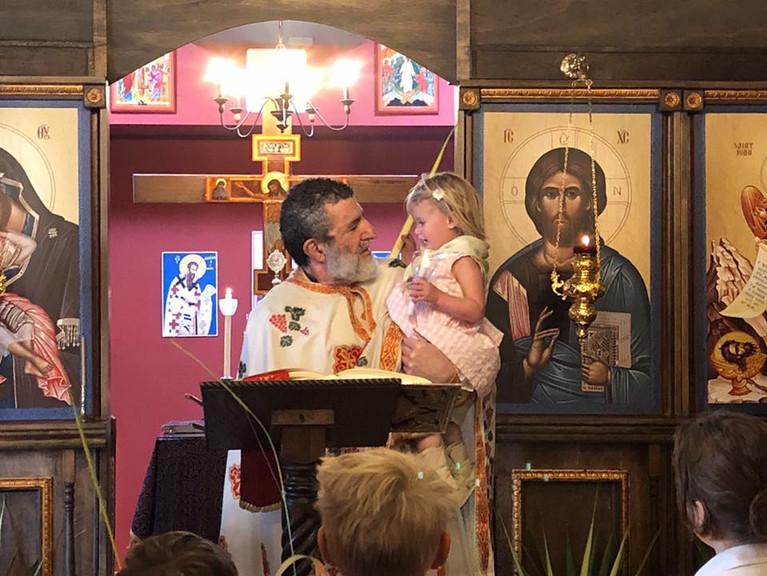 Pic - Palm Sunday, Fr. M w Ia, Reads Gos