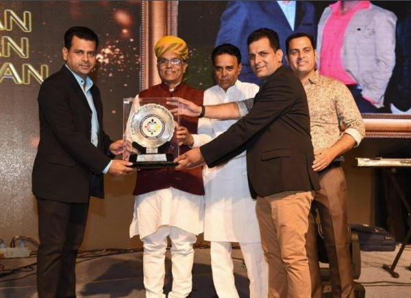 Outstanding Performance Award J odhpur Handicrafts Exporter's Association