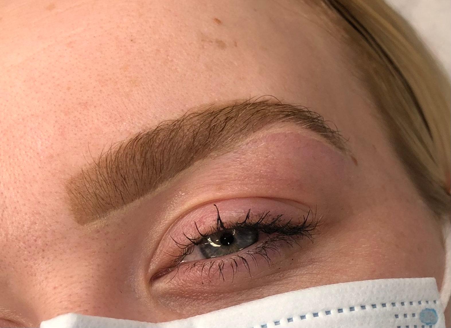 Hybrid brows (tint&henna merged)