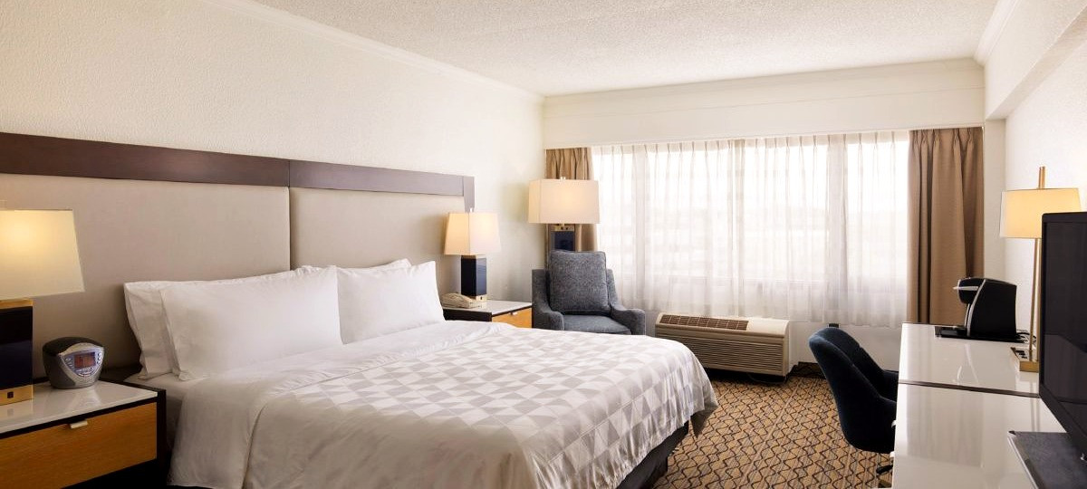 T&E_Construction_Holiday_Inn_Clark_3_edi
