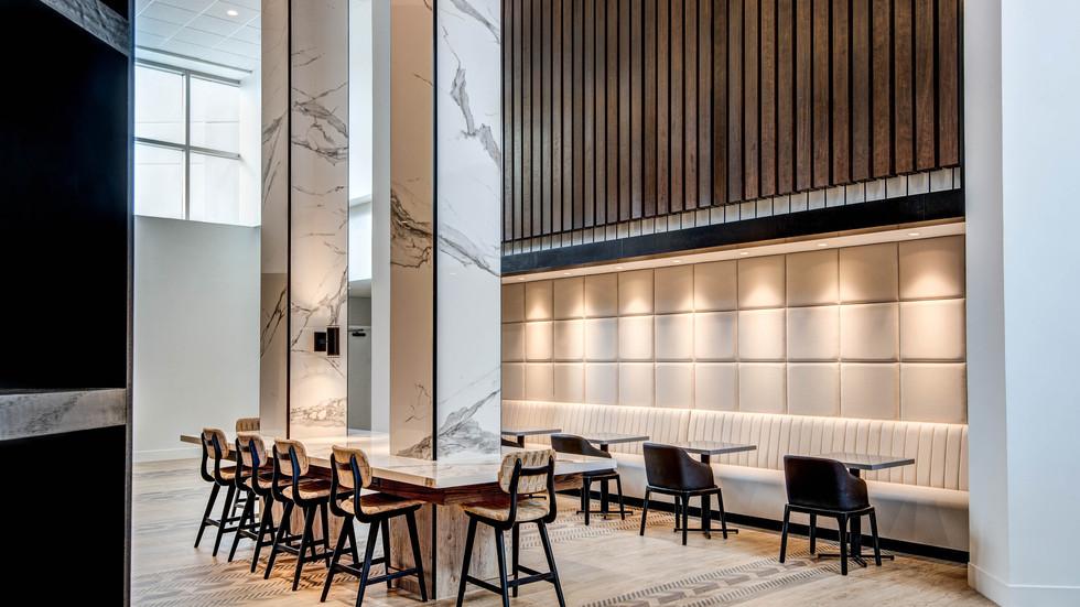 ewres-lobby-loungearea-1609-hor-wide.jpg