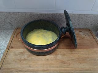 Como curar a tradicional panela de pedra sabão