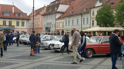 2017_05_06_1_piata-mare-invadata-de-autoturisme-mercedes-benz_99540.jpg