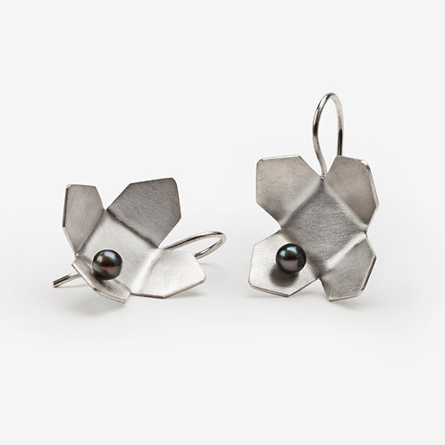 Silver Urban Flower Earrings with Pearl
