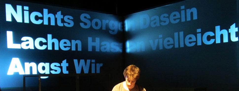 Düsseldorf Regisseur Theaterpädagoge Schauspieler Theater66 Stefan Filipiak Schauspielunterricht Schauspielkurse Theaterkurse Seniorentheater