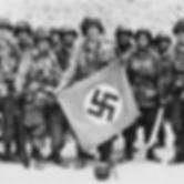 paracaidistas-aliados-con-una-bandera-na