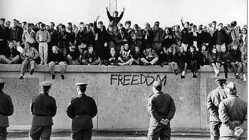Berlin-Guerra_fria-Muro_de_Berlin-La_Jun