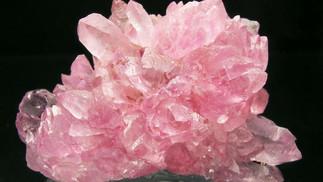 rose-quartz-crystal.jpg