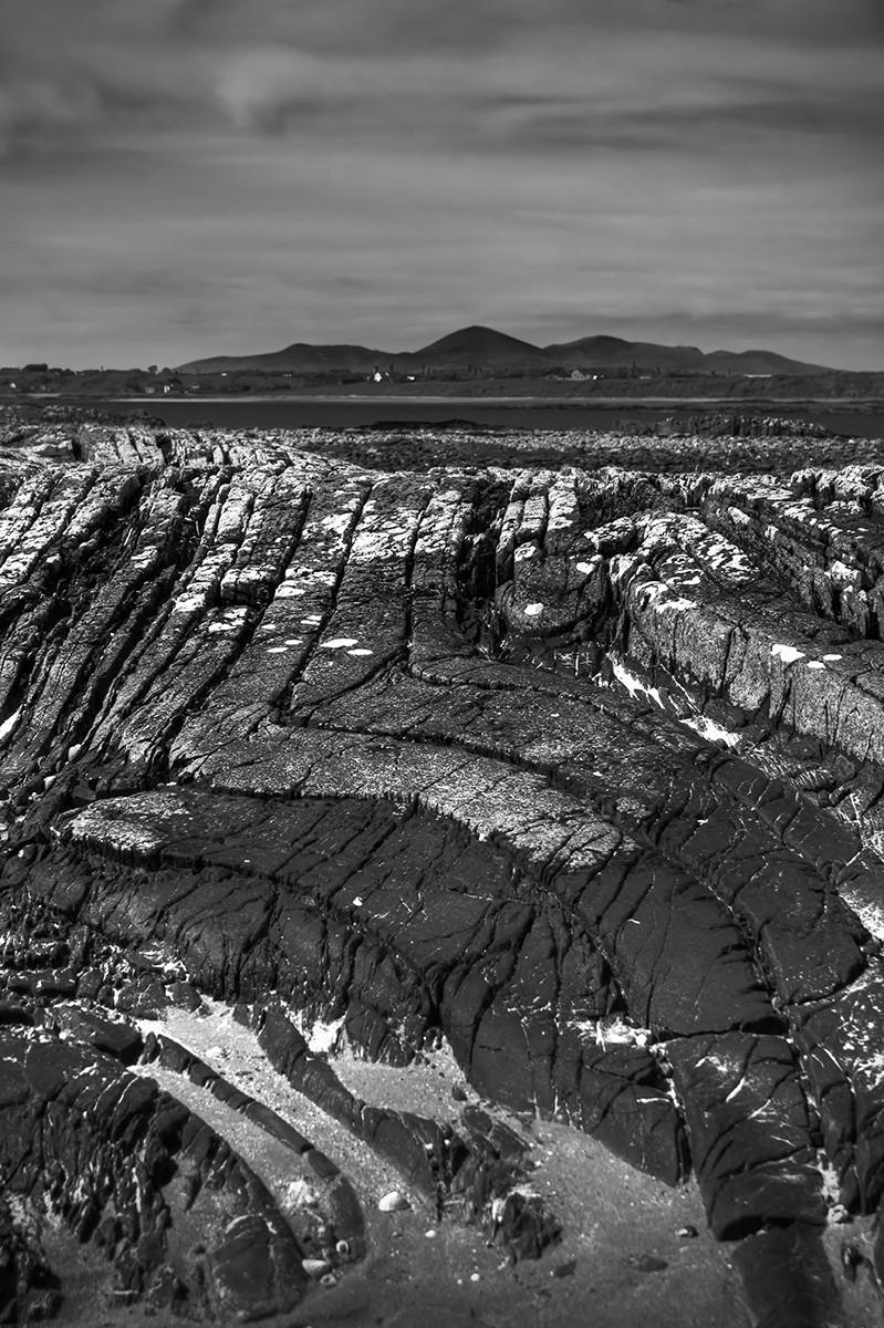 MONO - Geology by Jonny Clark (7 marks)
