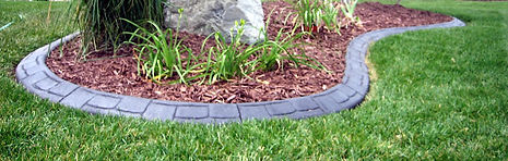 curb-appeal-concrete-edging-photo.jpg