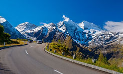 ascenso-montana-coche.jpg