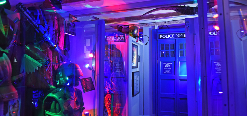 corridor - Approach to the Doctor Who se