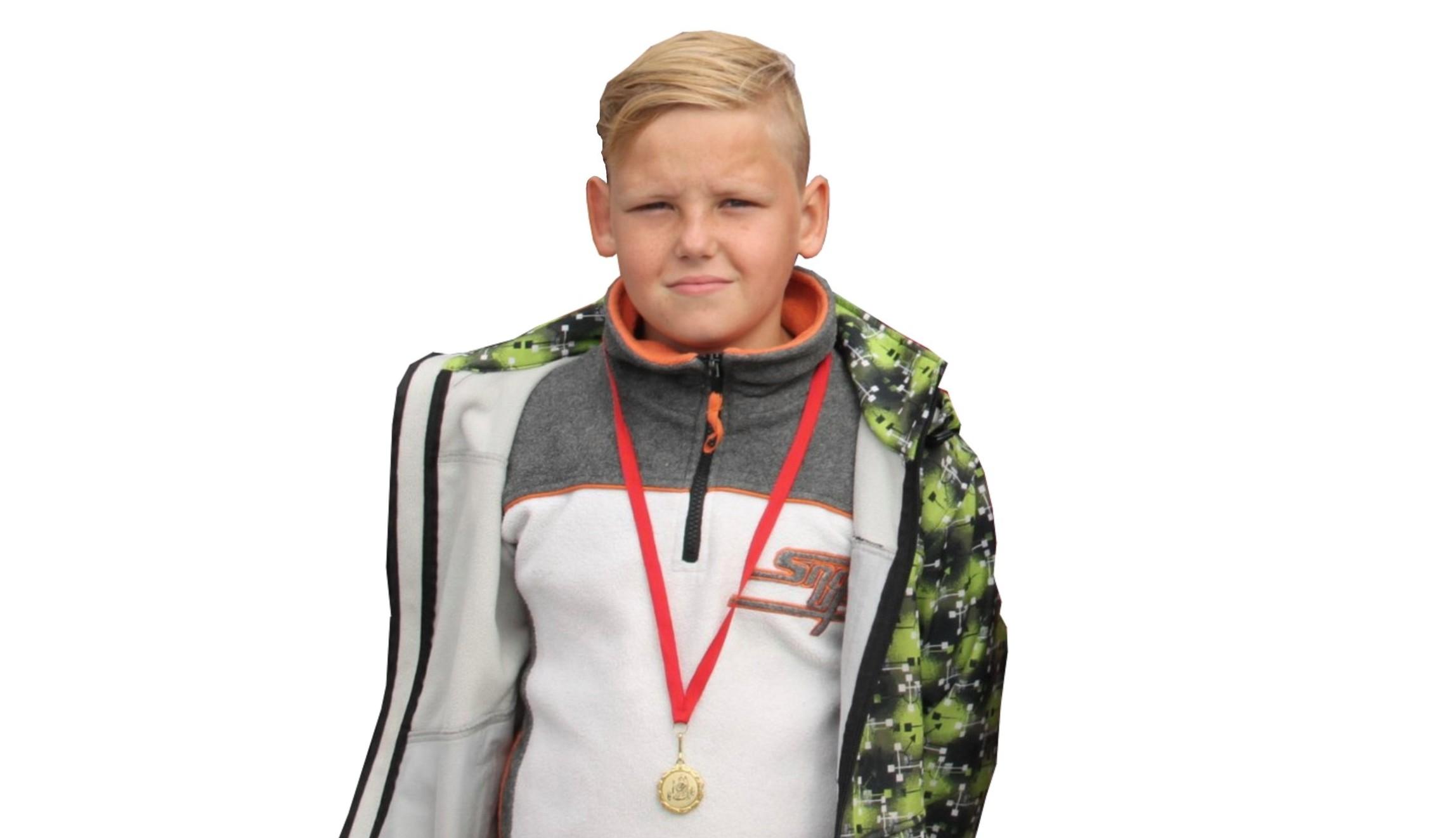 Игорь Петров (1 победа)