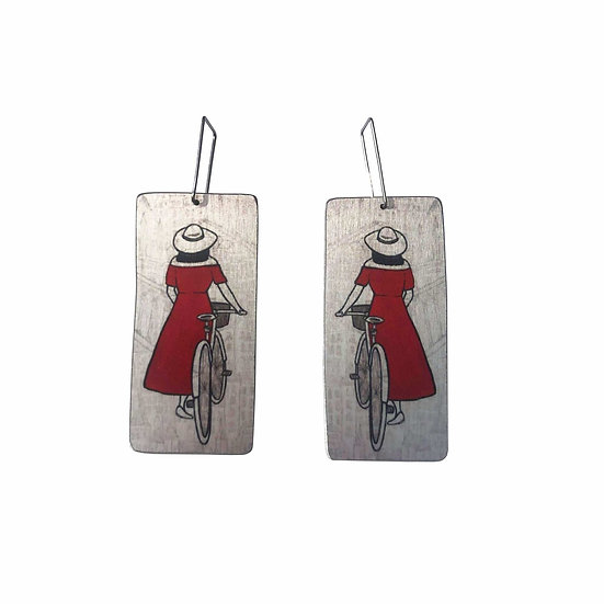 'Parisienne Market Lady' Design Earring
