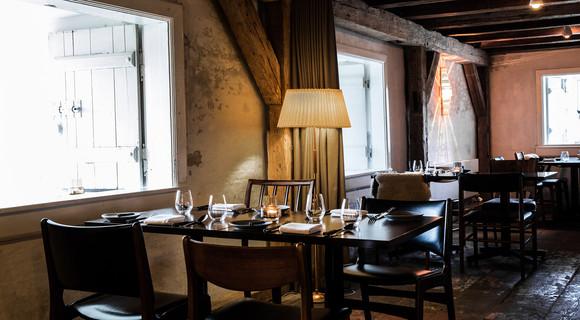 56-grader-Restaurant_TGWE.jpg