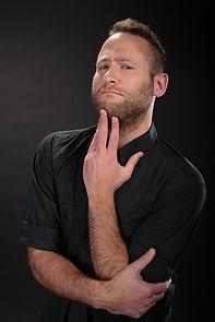 יונתן גרובר שחקן בשלופתא מופע אילתורים