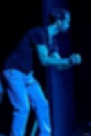 ירון ניצן עושה אימפרוב במופע של שלופתא