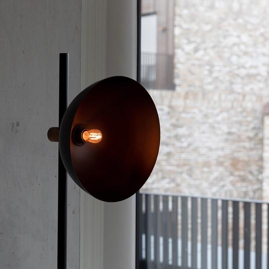 pygmy-led-classic-bulb-lifestyle.jpg