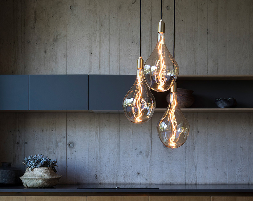 Voronoi-III-Brass-Ceiling-Light-LED-Desi