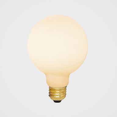 Porcelain-2-E27-bulb-LED-1.jpg